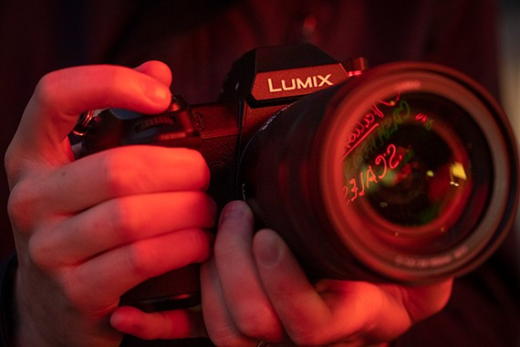 Panasonic will be launching more than ten LUMIX PRO L-Mount lenses by 2020. This is a system that is aimed at professional and serious enthusiastic photographers and videographers.