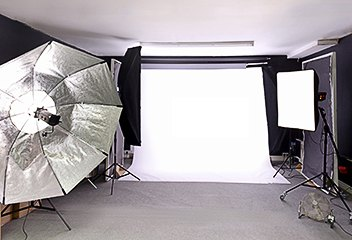 Professional photographic studio in Salisbury. Phone 01722 339909 to book - minimum hire time two hours.