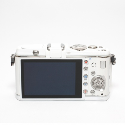 Used Olympus Pen E-P3 body