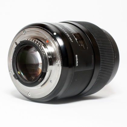 Used Sigma 35mm f1.4 DG A for Nikon AF