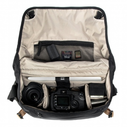 Crumpler Triple A Camera Sling 8000, Black
