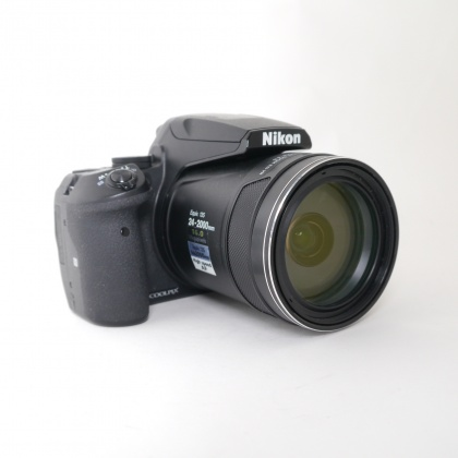 Used Canon EOS 70D with 18-55mm