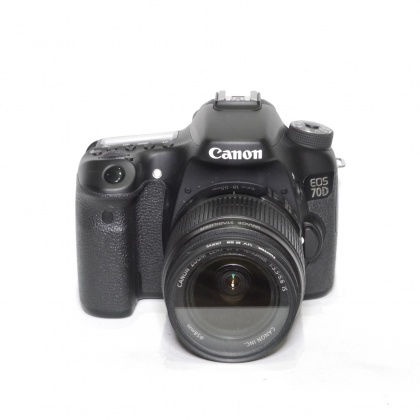 Used Canon EOS 70D with 18-55mm lens