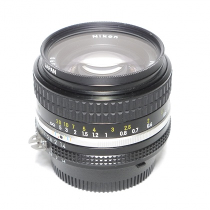 Used Legacy Lenses, Manual Focus