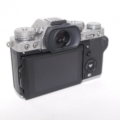 Used Fujifilm X-T3 body