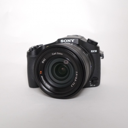 Used Sony DSC-RX10