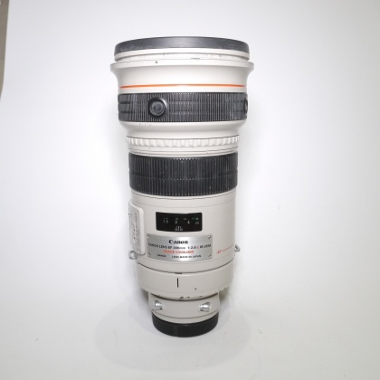 Used Canon EF 300mm f2.8L IS