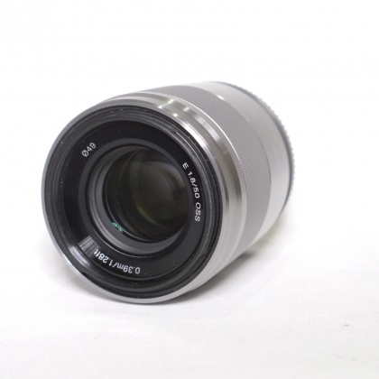 Used Sony E 50mm f1.8 OSS silver