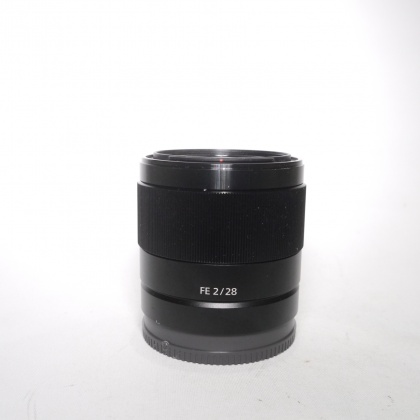Used Sony FE 28mm f2