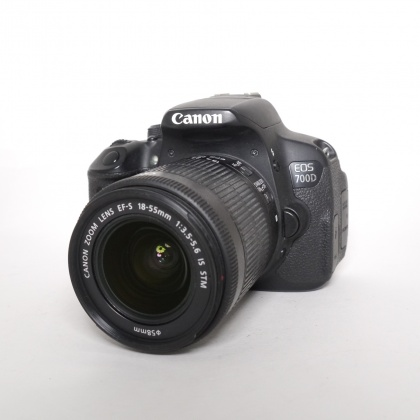 Used Canon EOS 700D, 18-55