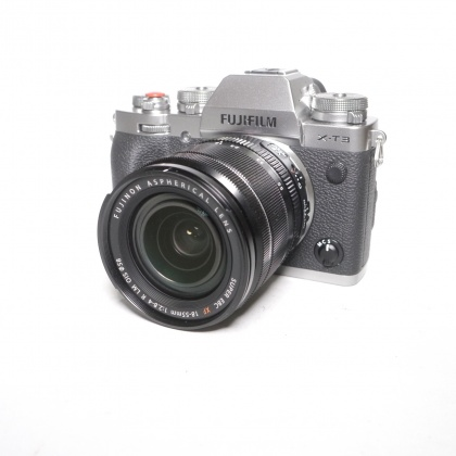 Used Fujifilm X-T3 Silver Camera with 18-55mm lens