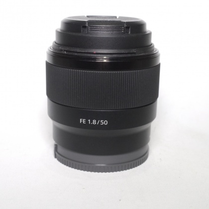 Used Sony FE 50mm f1.8 lens