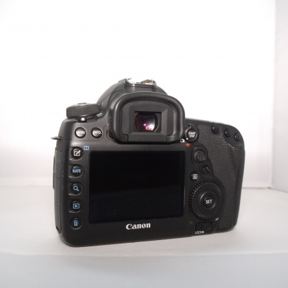 Used Canon EOS 5D Mark IV DSLR Body