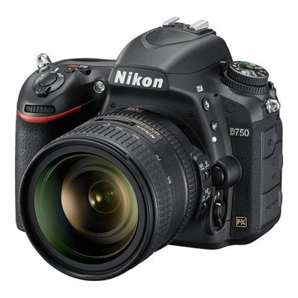 Nikon D750 with 24-85mm VR lens