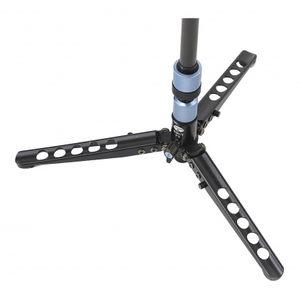 Sirui P-324S Monopod with built in stand