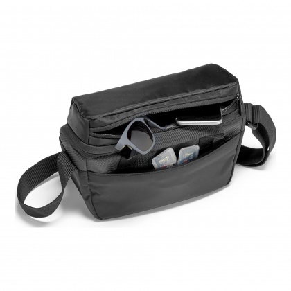 Manfrotto Compact Shoulder Bag 1