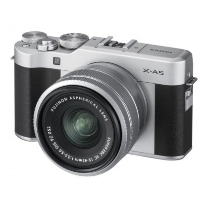 Fujifilm X-A5, Silver with Silver XC 15-45 lens