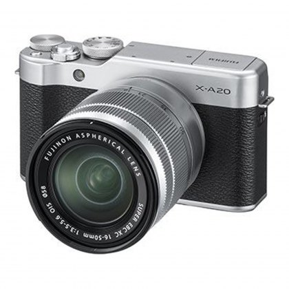 Fujifilm X-A20 (Silver) with Silver XC 15-45 lens