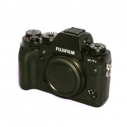 Used Fujifilm X-T1 body
