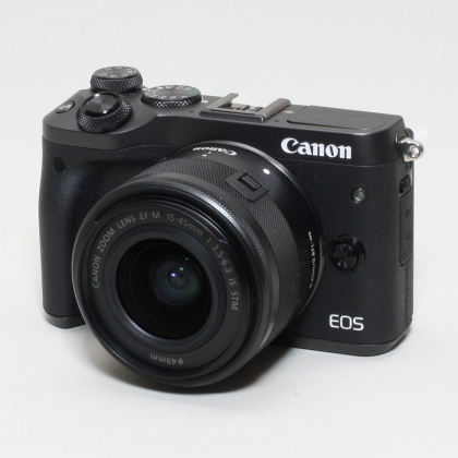 Used Canon EOS M6, 15-45