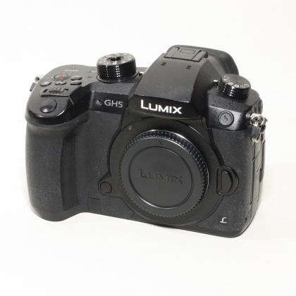 Used Panasonic DMC-GH5 body