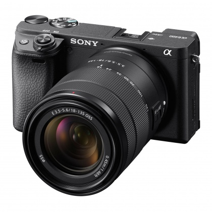 Sony Alpha 6400, 18-135 OSS Kit