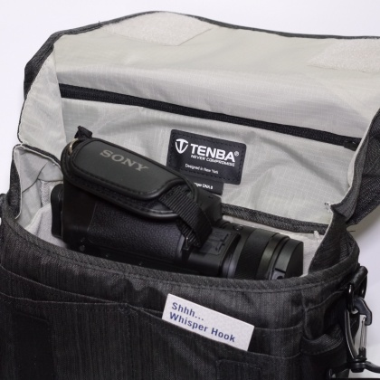Tenba DNA 8 Messenger Bag, Graphite