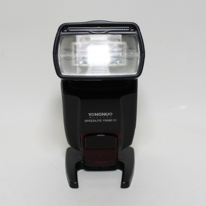 Used Yongnuo Speedlite YN560 III for Canon EOS