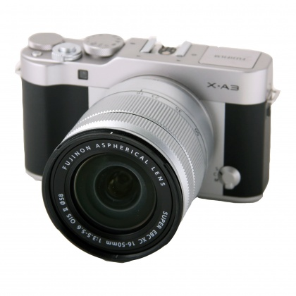 Used Fujifilm X-A3 silver with 16-50mm f3.5-5.6 Mk II