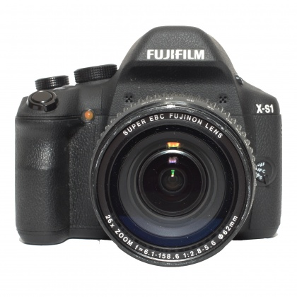 Used Fujifilm X-S1 body