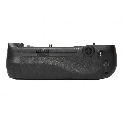 Used Nikon MB-D17 Battery Grip For D500