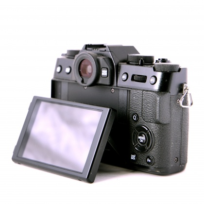 Used Fujifilm X-T10 body with Hand Grip