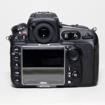 Used Nikon D810 with Battery Grip
