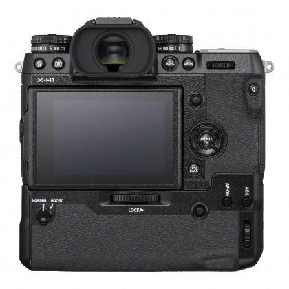 Fujifilm X-H1 Body with VBG, batteries and XF16-55mm lens