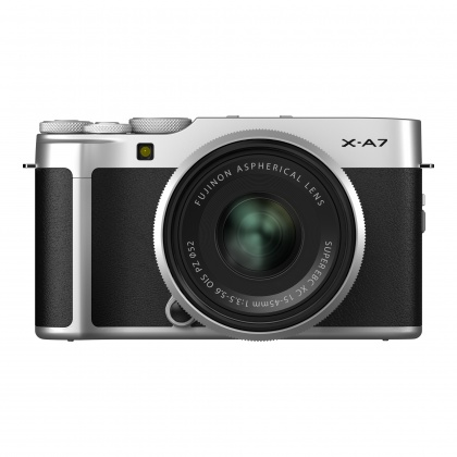 Fujifilm X-A7, Silver with Silver XC 15-45 lens