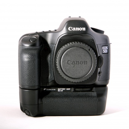 Used Canon EOS 5D body with Battery Grip
