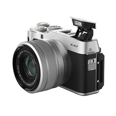 Fujifilm X-A7, Silver with XC 15-45 lens - Vlogger Bundle