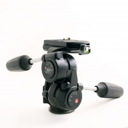 Used Manfrotto MN808 RC4 Head