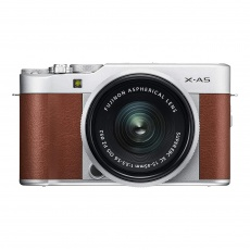 Fujifilm X-A5, Brown with Silver XC 15-45 lens