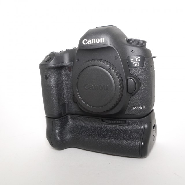 Canon Used Canon EOS 5D Mk III body with BG-E11 grip
