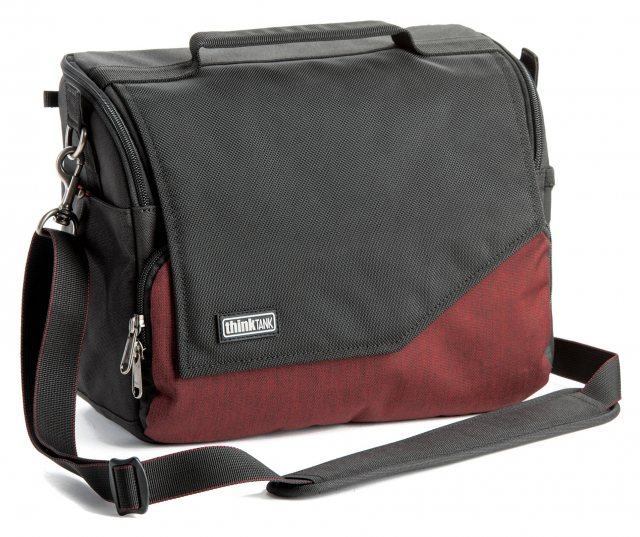Think Tank Think Tank Mirrorless Mover 30i, Deep Red