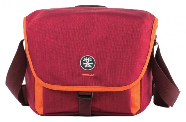 Crumpler Crumpler Proper Roady 2.0 2500 Shoulder Bag, Red