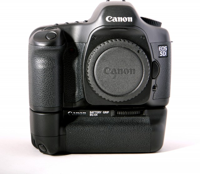 Canon Used Canon EOS 5D body with Battery Grip