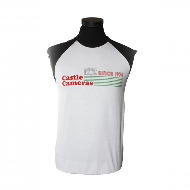 Castle Castle Short-Sleeved Retro T-Shirt, Small